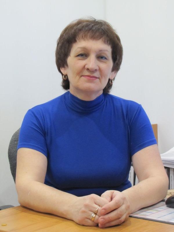 Заведующая отделением социального обслуживания на дому № 2 Липатских Любовь Владимировна